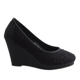 Zapatos negros con cuña M-27