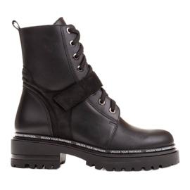 Marco Shoes Botas de mujer con un interesante y grueso fondo. negro