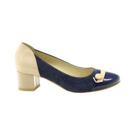 Zapatos de mujer Edeo 1900 azul marino.