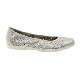 Zapatos de mujer caprice bailarinas de cuero 22151. gris