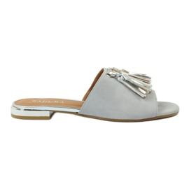 Zapatillas con flecos Badura 5133 gris.