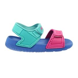 Sandalias azules American Club para niños al agua