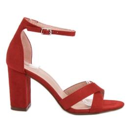 Ideal Shoes rojo Sandalias en la barra