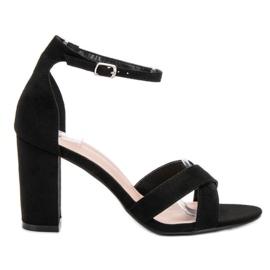 Ideal Shoes negro Sandalias en la barra
