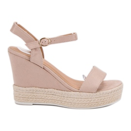 Ideal Shoes marrón Sandalias con estilo en cuña