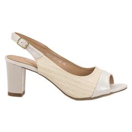 Evento marrón Sandalias elegantes de color beige