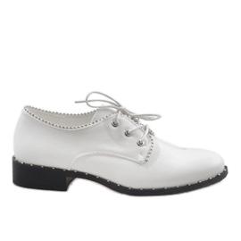 Zapatos Blancos Jazzówki Ćwieki 6288-2
