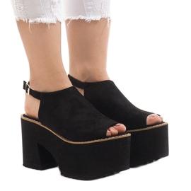 Sandalias negras en el macizo ladrillo B8290 negro