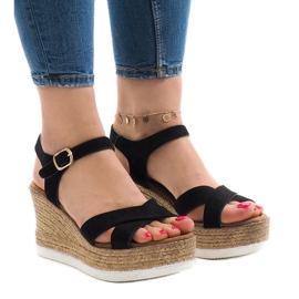 Negro Sandalias negras en cuña XL104