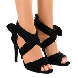 Sandalias de gamuza negras arco de tacón alto J-23 negro