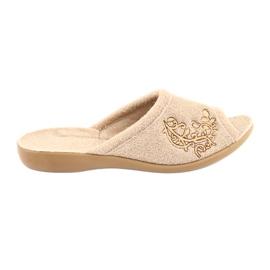 Zapatos de mujer befado pu 256D013. marrón