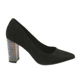 Zapatos de tacón de ante Filippo 1103 negro