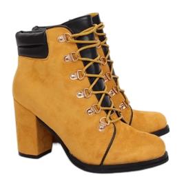 Tacones de madera miel 995-29 Amarillo
