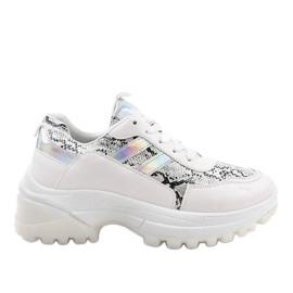 Zapatillas deportivas blancas con estilo 690051