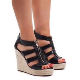 Sandalias con cuña 100-575 negro