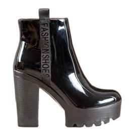 Seastar Botas de moda lacada negro