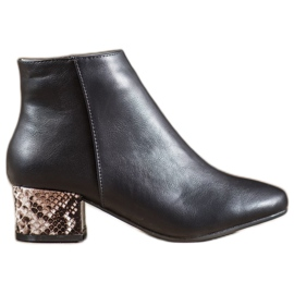 Weide Elegantes botas con estampado de serpiente