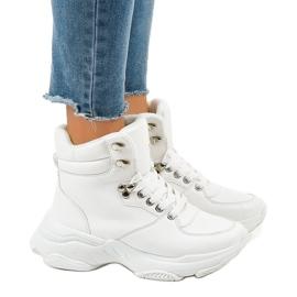 Zapatos deportivos blancos con aislamiento para mujer C-3132