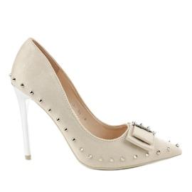 Zapatos beige con tacón NF-05 marrón