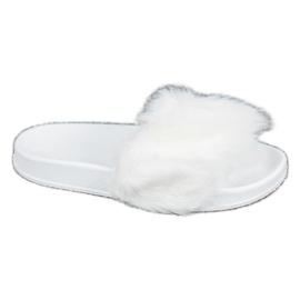 SHELOVET Zapatillas de goma con piel blanco