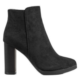 Ideal Shoes Tacones altos clásicos negro