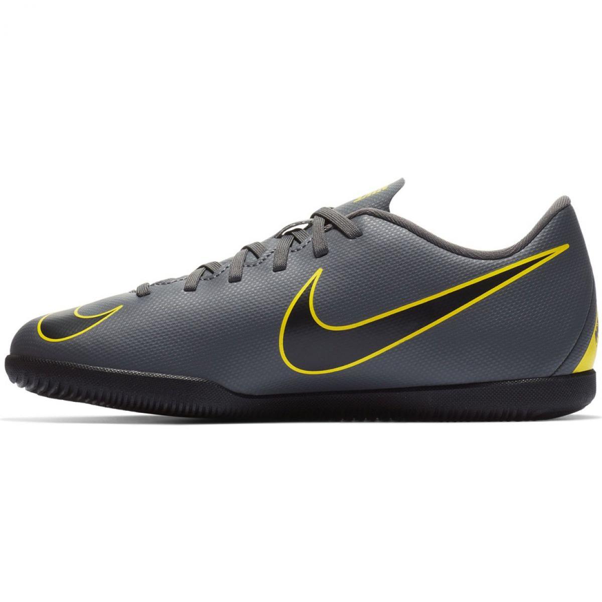 Zapatos de interior Nike Mercurial Vapor X 12 Club Ic Jr AH7354 070 gris gris plata