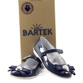 Zapatillas bailarinas para niños Bartek 45418 azul marino. multicolor blanco 4