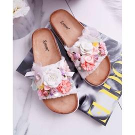 SEA Zapatillas de mujer con flores blancas de Enrissa blanco 1