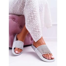 Zapatillas de mujer con cuentas plateadas Elavi gris 4