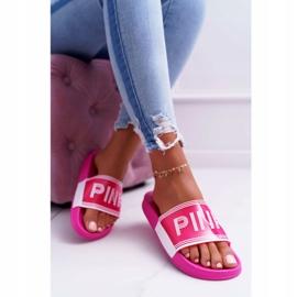 Zapatillas de mujer rosa Vrita 4