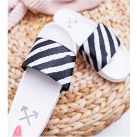 Zapatillas blancas de mujer Aynna 1