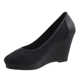 Zapatos negros con cuña M-27 2