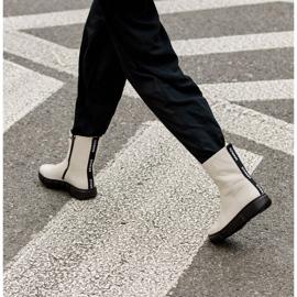 Marco Shoes Botines deportivos blancos hechos de suave piel natural 9