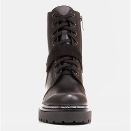 Marco Shoes Botas de mujer con un interesante y grueso fondo. negro 2